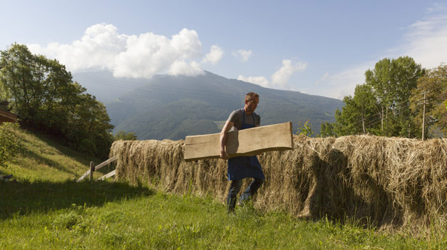 Precious handcrafts from farmers in South Tyrol