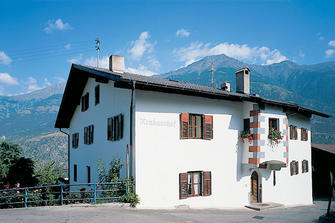 Neuhaushof - Tarsch  - Latsch - Farm Holidays in South Tyrol  - Vinschgau