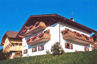 Grafhof  - Kastelruth - Farm Holidays in South Tyrol  - Dolomiten
