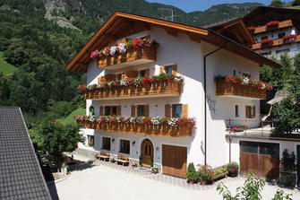 Marxhof  - Barbian - Farm Holidays in South Tyrol  - Eisacktal