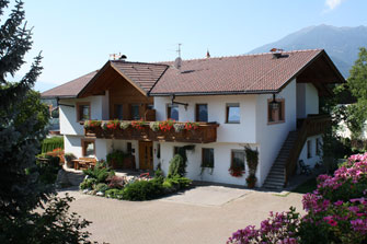 Schusterhof  - Natz-Schabs - Farm Holidays in South Tyrol  - Eisacktal