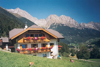Waldrasthof  - Rasen-Antholz - Farm Holidays in South Tyrol  - Dolomiten