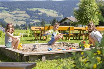 Glögglhof  - Prags - Farm Holidays in South Tyrol  - Dolomiten