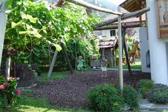 Hofer am Bach  - Algund - Farm Holidays in South Tyrol  - Meran und Umgebung
