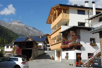 Zangerlehof  - Mals - Farm Holidays in South Tyrol  - Vinschgau