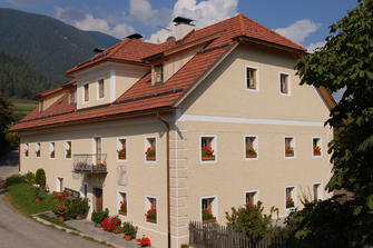 Peterer-Hof  - Rasen-Antholz - Farm Holidays in South Tyrol  - Dolomites