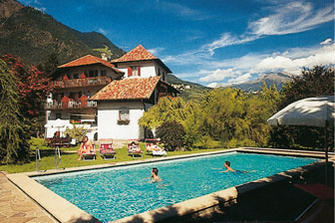Plonerhof  - Algund - Farm Holidays in South Tyrol  - Meran and surroundings