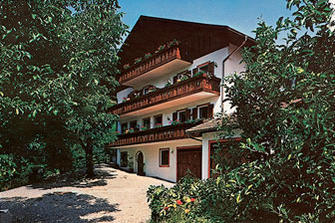 Tanner-Hof  - Kuens - Farm Holidays in South Tyrol  - Meran and surroundings