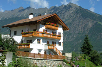 Zeisalterhof  - Marling - Farm Holidays in South Tyrol  - Meran and surroundings