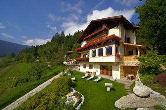 Baumannhof  - Tisens - Farm Holidays in South Tyrol  - Meran and surroundings