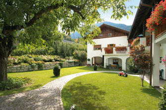 farm-reviews - Plateidhof - Völlan  - Lana - Farm Holidays in South Tyrol  - Meran and surroundings