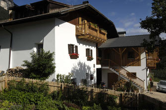 Regalterhof - Perdonig  - Eppan a. d. Weinstraße - Farm Holidays in South Tyrol  - Bozen and surroundings