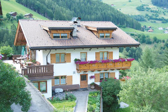 Grones - Zwischenwasser  - Enneberg - Farm Holidays in South Tyrol  - Dolomites