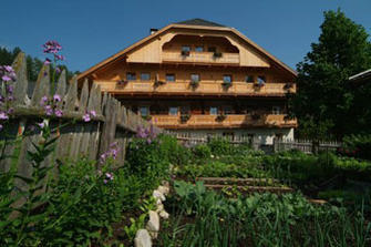 Lechnerhof  - Prags - Farm Holidays in South Tyrol  - Dolomiten