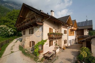 Aignerhof - Perdonig  - Eppan a. d. Weinstraße - Farm Holidays in South Tyrol  - Bozen and surroundings