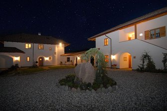 Sonnenhof - Girlan  - Eppan a. d. Weinstraße - Farm Holidays in South Tyrol  - Bozen and surroundings