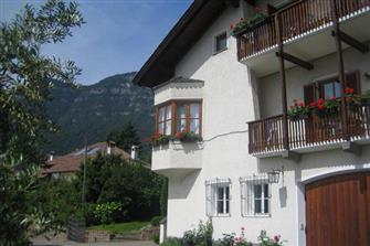 Landhaus Lina  - Kaltern a. d. Weinstraße - Farm Holidays in South Tyrol  - Bozen and surroundings