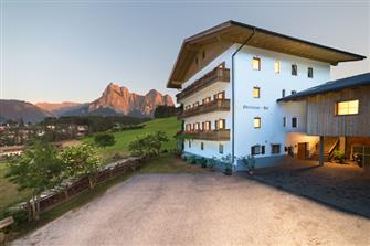 farm-reviews - Reiterhof Oberlanzin - Seis  - Kastelruth - Farm Holidays in South Tyrol  - Dolomites
