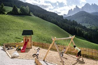 Unterkantiolerhof  - Villnöss - Farm Holidays in South Tyrol  - Dolomites