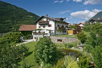 Baumgartnerhof  - Algund - Farm Holidays in South Tyrol  - Meran and surroundings