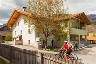 Ausserloretzhof  - Laas - Farm Holidays in South Tyrol  - Vinschgau