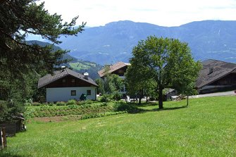 Oberkapill-Hof  - Mölten - Farm Holidays in South Tyrol  - Bozen and surroundings