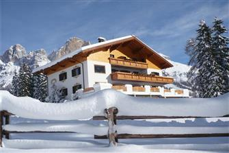 Angerle-Alm - Karersee  - Welschnofen - Farm Holidays in South Tyrol  - Dolomiten