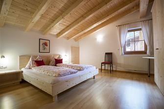 farm-reviews - Obereggerhof - Vals  - Mühlbach - Farm Holidays in South Tyrol  - Eisacktal