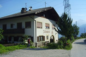 Rateiserhof - Völlan  - Lana - Farm Holidays in South Tyrol  - Meran and surroundings