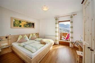 Langeshof  - Kuens - Farm Holidays in South Tyrol  - Meran and surroundings
