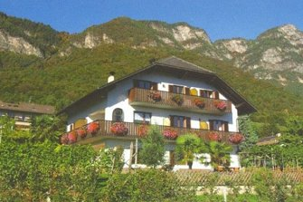 Haus Morandell  - Kaltern a. d. Weinstraße - Farm Holidays in South Tyrol  - Bozen and surroundings