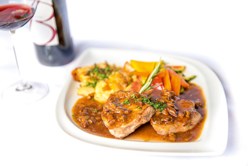 Saddle of veal in chanterelle sauce