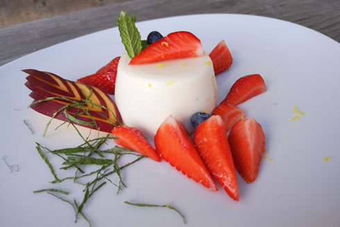 Panna cotta with elderflower