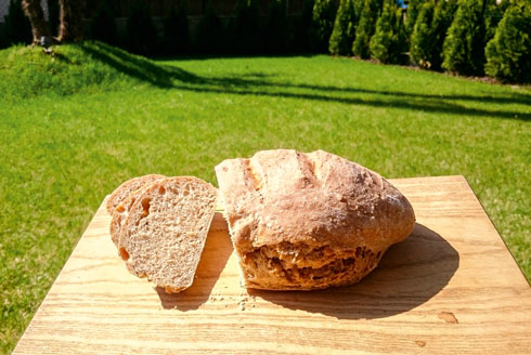 Quick wholemeal spelt bread